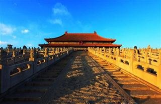 Train Tour to Beijing & Shanghai