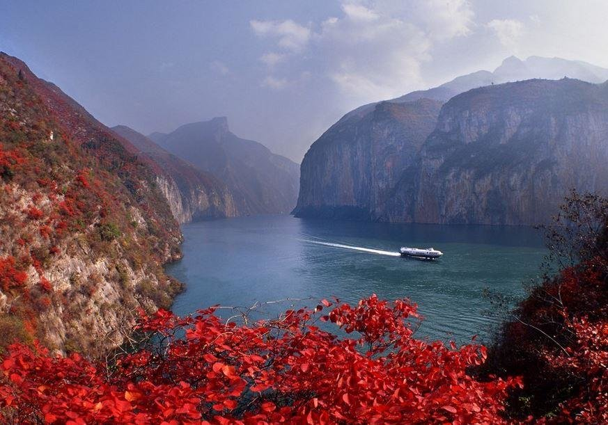 Relaxing Time on Yangtze River Cruise
