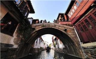 Shanghai, Suzhou & Zhouzhuang Travel on Budget
