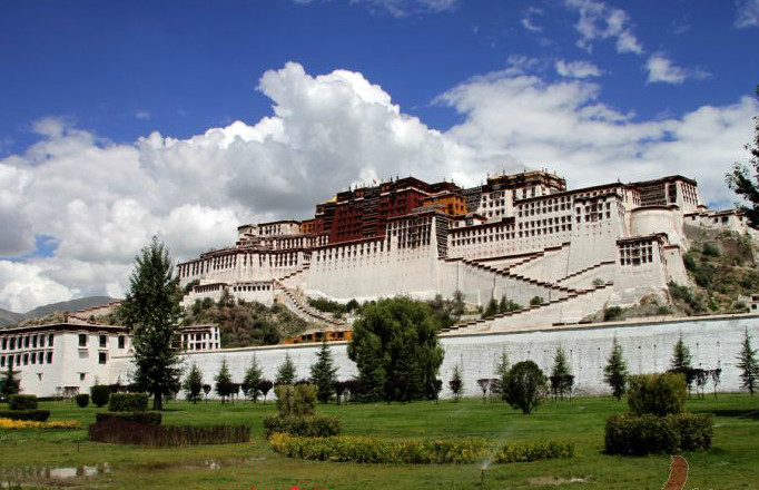 Lhasa Classical Experience Join-in Tour
