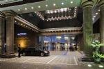 Pullman Shanghai Skyway Hotel